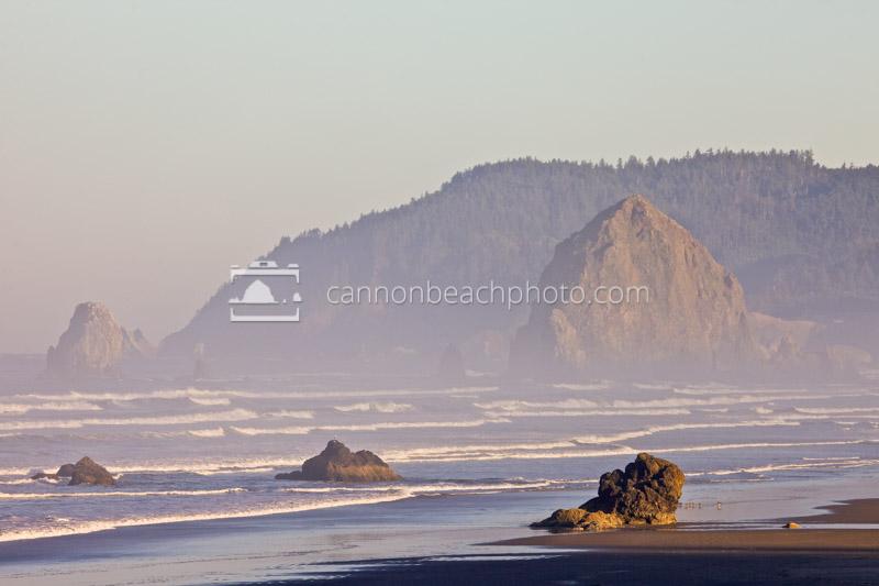 Lady Rocks and Haystack Rock, Horizontal