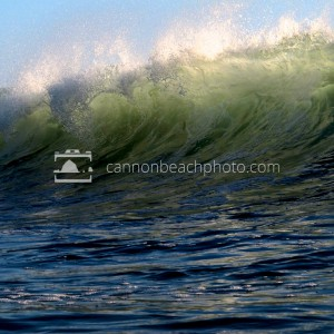 Big Cresting Wave, Oregon Coast Surf