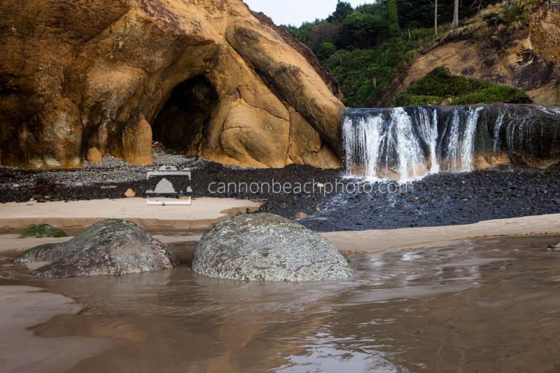 Hug Point Waterfall