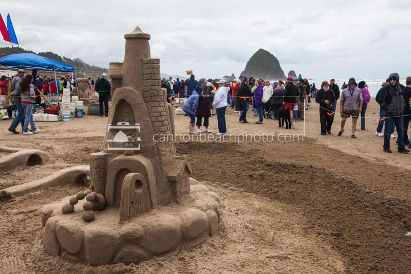 Oregon Coast Sand Castle Contest 3