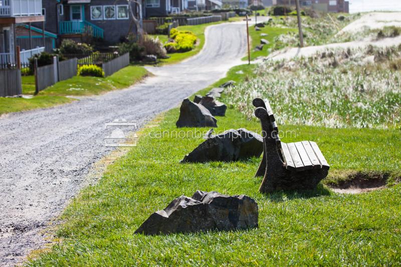 Ocean Avenue, Sitting Bench