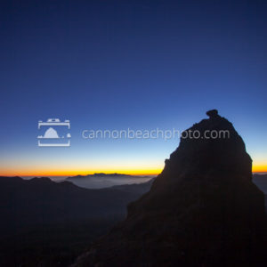 Saddle Mountain Shelf Silhouette