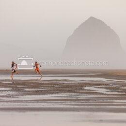 Beach Runners, Haystack Rock